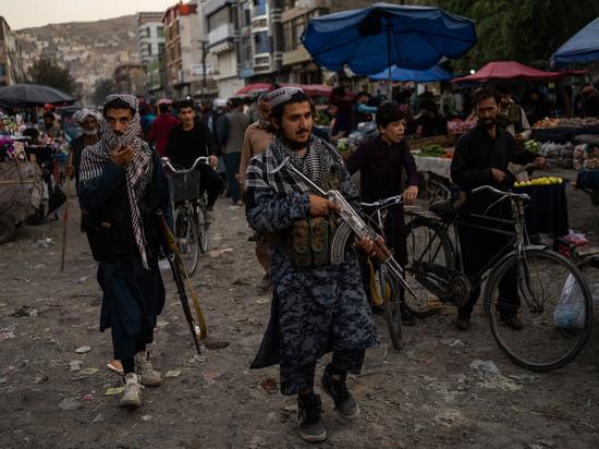 Пришедшее к власти в Кабуле движение «Талибан» (запрещенная в РФ террористическая организация) оспорило полномочия бывшего посла Афганистана при ООН и просят дать возможность талибским представителям выступить с трибуны Генеральной ассамблеи Организации объединенных наций