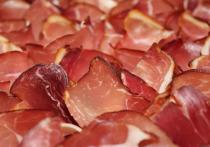 Исследователи из проекта PHYTOME пришли к заключению, что особые растительные вещества могут заменить канцерогенные нитриты в продуктах из красного мяса, пишет журнал Molecular Nutrition and Food Research