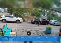 В Старом Осколе парень возвращался утром домой в нетрезвом виде и по пути повредил три припаркованных во дворе автомобиля