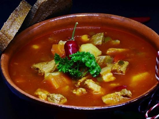 Диетолог Русакова заявила о вреде супа для некоторых категорий людей