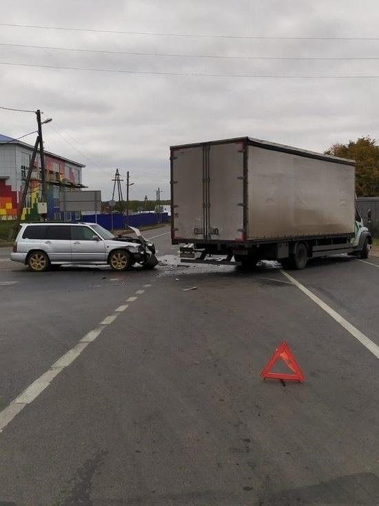 Под Котельничем Субару въехала в ГАЗ