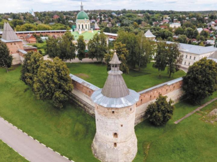 Топ-5 бесплатных экскурсий в Подмосковье: от Серпухова до Солнечногорска