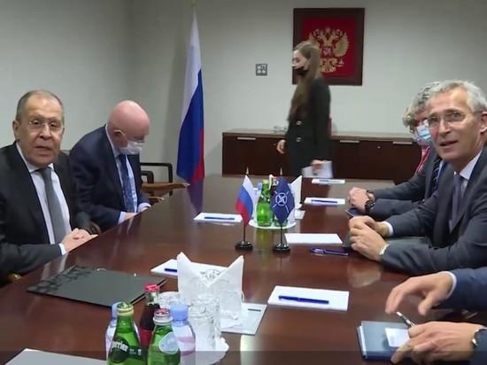 Лавров призвал к деэскалации в отношениях России и НАТО