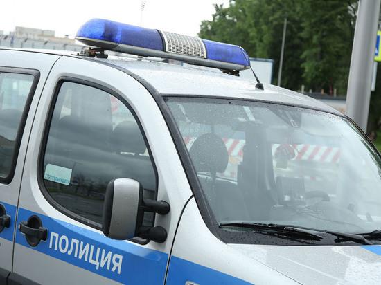 В Москве из подвала актерской школы просверлили отверстие в банк