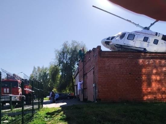 В Ижевске вертолет санавиации жестко приземлился на крышу гаража