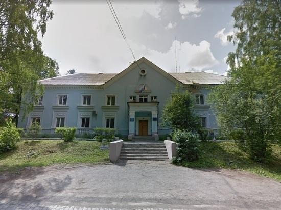 Увольняют начальника Управления образования Дегтярска, жители заявляют, что это сведение счетов после выборов