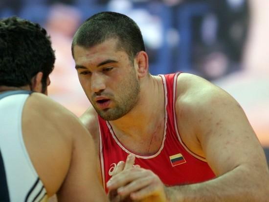 Олимпийского чемпиона по вольной борьбе Махова дисквалифицировали за допинг