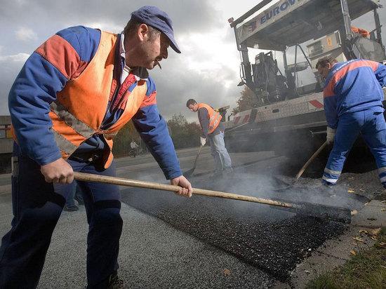 В Ярославской области перед зимой отремонтируют еще 10 километров проблемных участков дорог