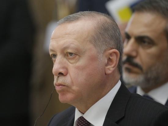 Главной причиной срочного визита президента Турции Реджепа Тайипа Эрдогана в Сочи является ситуация в Сирии