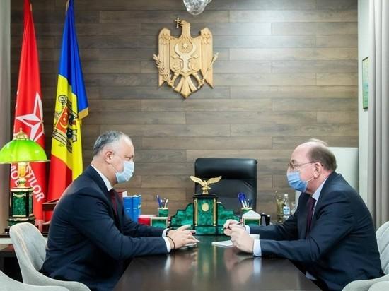 Игорь Додон встретился с послом РФ в Молдове Олегом Васнецовым