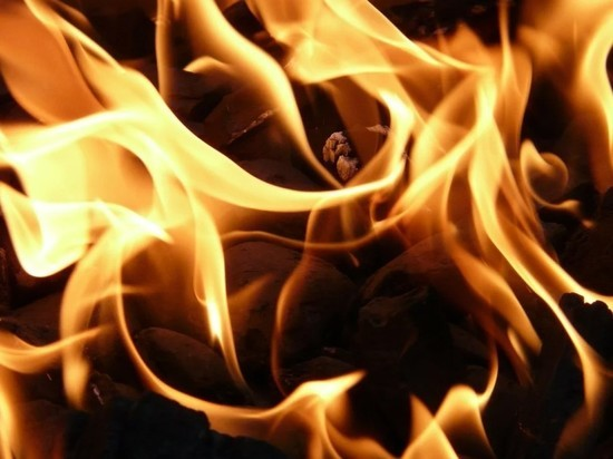 В общежитии Военного университета Минобороны РФ в Москве вспыхнул пожар