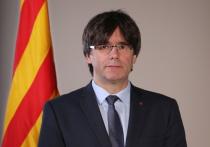 Беглый лидер движения за отделение Каталонии от Испании Карлес Пучдемон задержан на Сардинии, сообщил в Твиттере его адвокат