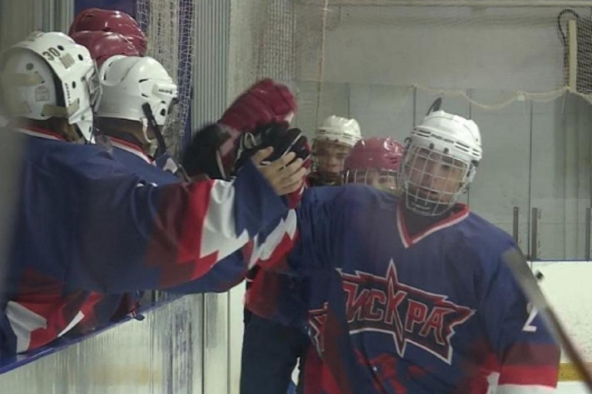 Хоккеисты-юниоры из Костромы начали сезон с крупной победы