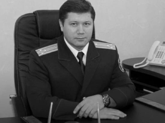 Центральный аппарат Следственного комитета России продолжает выяснять обстоятельства гибели главы СК по Пермскому краю Сергея Сарапульцева