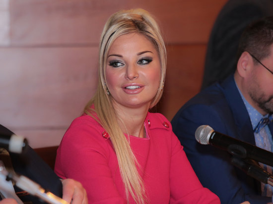 Суд отправил оперную певицу Максакову на психиатрическую экспертизу