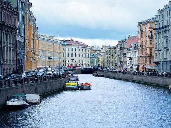 В Петербурге продлили коронавирусные ограничения и требования