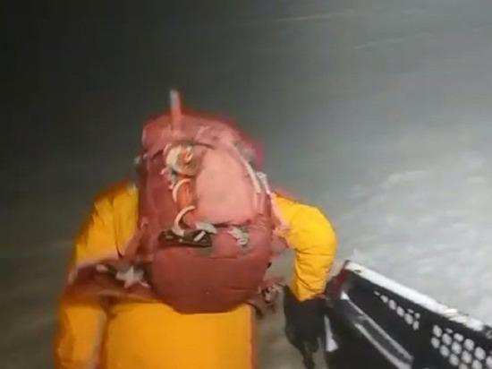 Двое пострадавших на Эльбрусе туристов находятся в реанимации