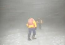 Пострадавшие при восхождении на Эльбрус туристы не имеют особых претензий организаторам опасного горного тура, несмотря на то, что пятеро их товарищей по группе погибли
