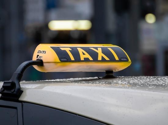Минтранс предложил экзаменовать водителей такси на знание города