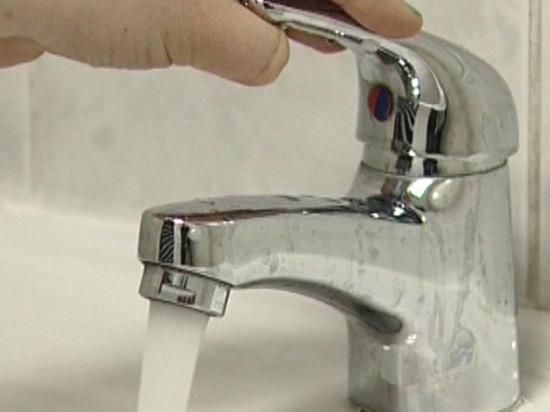 Неделя начнётся с отключения холодной воды в некоторых домах Магадана