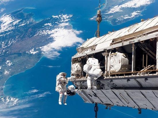 Российские космонавты решили установить рекорд по числу выходов с МКС