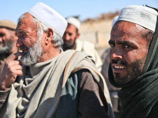 Беженцы из Афганистана напали на военнослужащую США