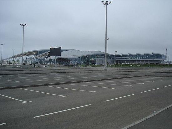 Самолет Москва - Краснодар незапланированно сел в Ростове