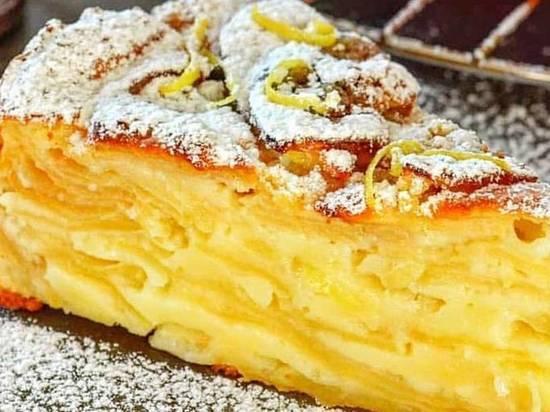 """Шарлотка, варенье и компот - самые распространённые """"блюда"""", которые готовят дачники из яблок"""