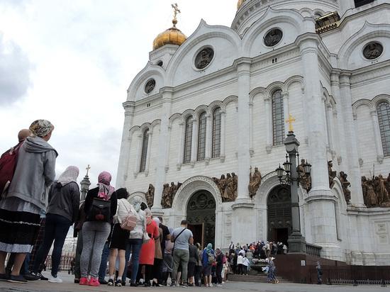 РПЦ призвала новую Госдуму озаботиться рождаемостью и моралью