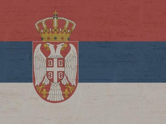 Сербские танки подошли к Косово