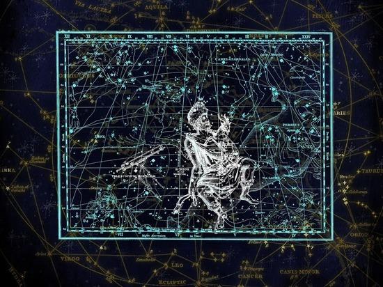 Из-за негармоничной связи Солнца и Меркурия по отношению к Сатурну и Плутону в октябре этого года сразу несколько знаков зодиака ждут крупные проблемы, заявила астролог Юлия Николаева, сообщает «Астромеридиан»