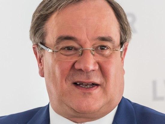 Армин Лашет, блок которого ХДС/ХСС пока по данным Exit poll проигрывает социал-демократам выборы в Бундестаг, пообещал приложить все усилия, чтобы возглавить новый кабмин