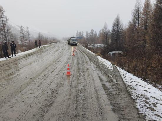 Микроавтобус перевернулся на Колыме: трое пострадавших