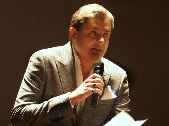 Публицист Евгений Понасенков опроверг слухи о причастности его фанатов к массовой порче каршеринговых самокатов в Москве