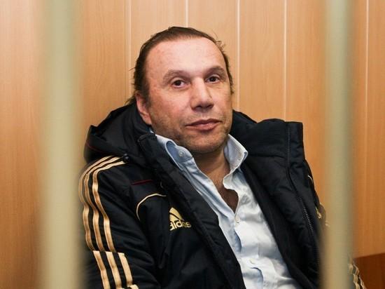 Суд оставил Виктора Батурина в СИЗО