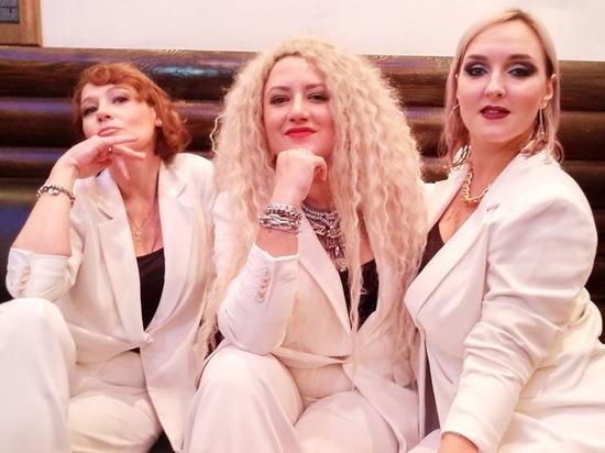 В группе «Воровайки» рассказали про преследование за песню «Хохлы»