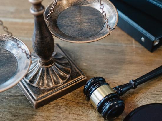 Крайне странное дело всплыло на днях в электронной базе Верховного суда