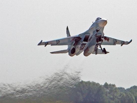 Молодые командиры экипажей истребителей провели первые полеты над Крымом