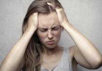 Диетолог из США Кэтрин Брукинг назвала пятерку лучших продуктов, которые помогают справиться с головной болью, пишет Eat This, Not That!