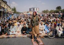 В минувшие выходные несколько тысяч боевиков-талибов (движение «Талибан»  признано террористическим и запрещено в РФ) выдвинулись в граничащую с Таджикистаном афганскую провинцию Тахар