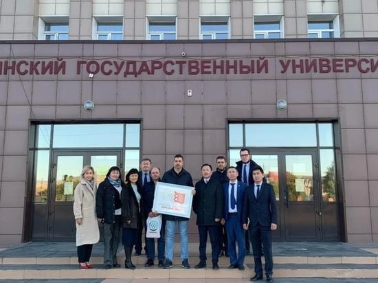 Ректор Сибирского федерального университета посетил Туву