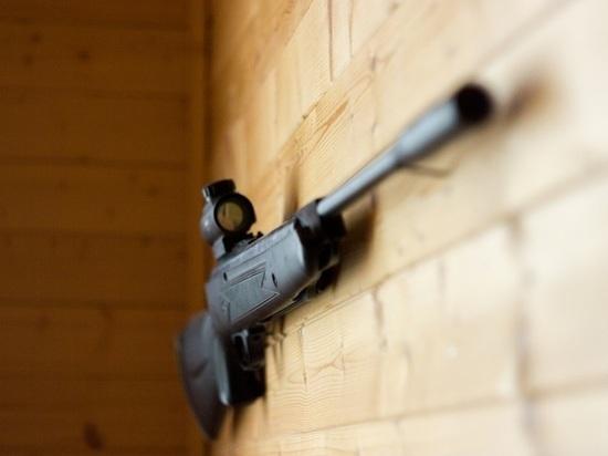 В квартире школьника, угрожавшего «всех перестрелять», нашли ружье