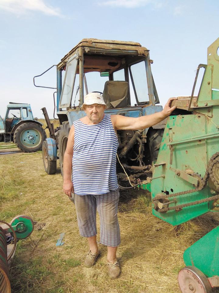 В три раза: фермер назвал наценку на молоко у перекупщиков