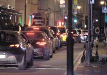 Мосгордума в первом чтении приняла законопроект, усиливающий ответственность за шум транспорта в ночное время