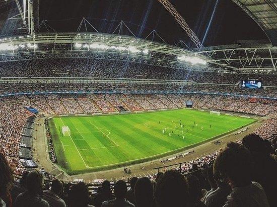 Фанаты «Зенита» освистали Дзюбу во время матча Лиги чемпионов с «Мальме»