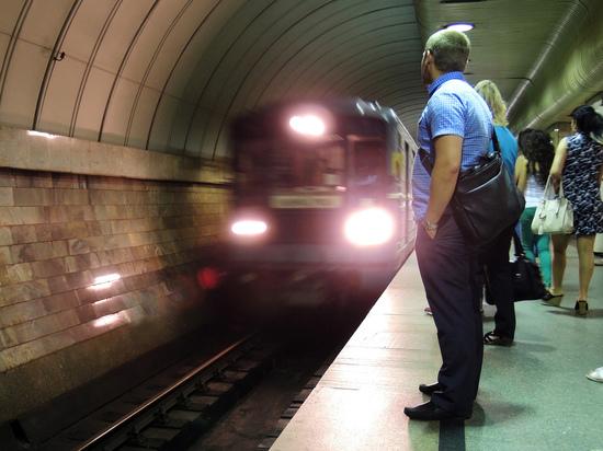 Упавший под поезд студент одновременно проиграл и выиграл суд с метро