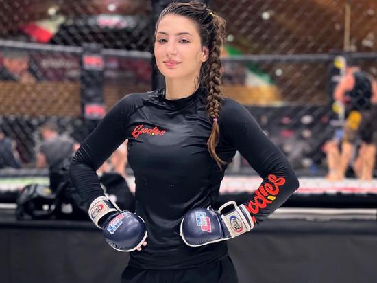 Девушка-боец UFC рассказала, как дала отпор оскорблявшему ее мужчине