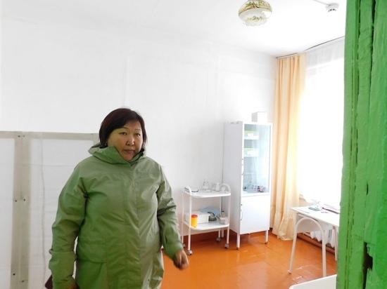 И.о. министра образования Тувы посетила школу села Кара-Холь