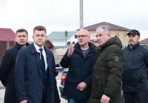 На основных и вспомогательных улицах крымской столицы завершается этап «то яма, то канава» и появляется качественное асфальтовое покрытие
