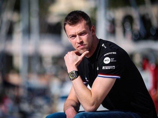 Квят может вернуться в «Формулу-1» через год — или выйдет на ринг